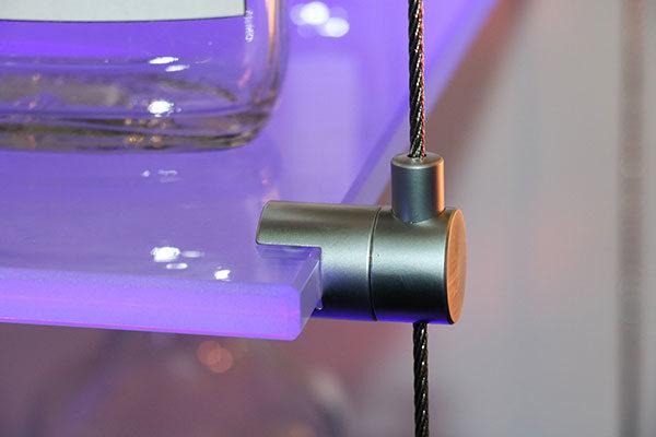 swiveling side clamp gripper